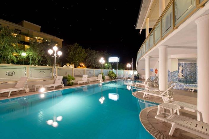 Hotel con piscina Cesenatico all inclusive